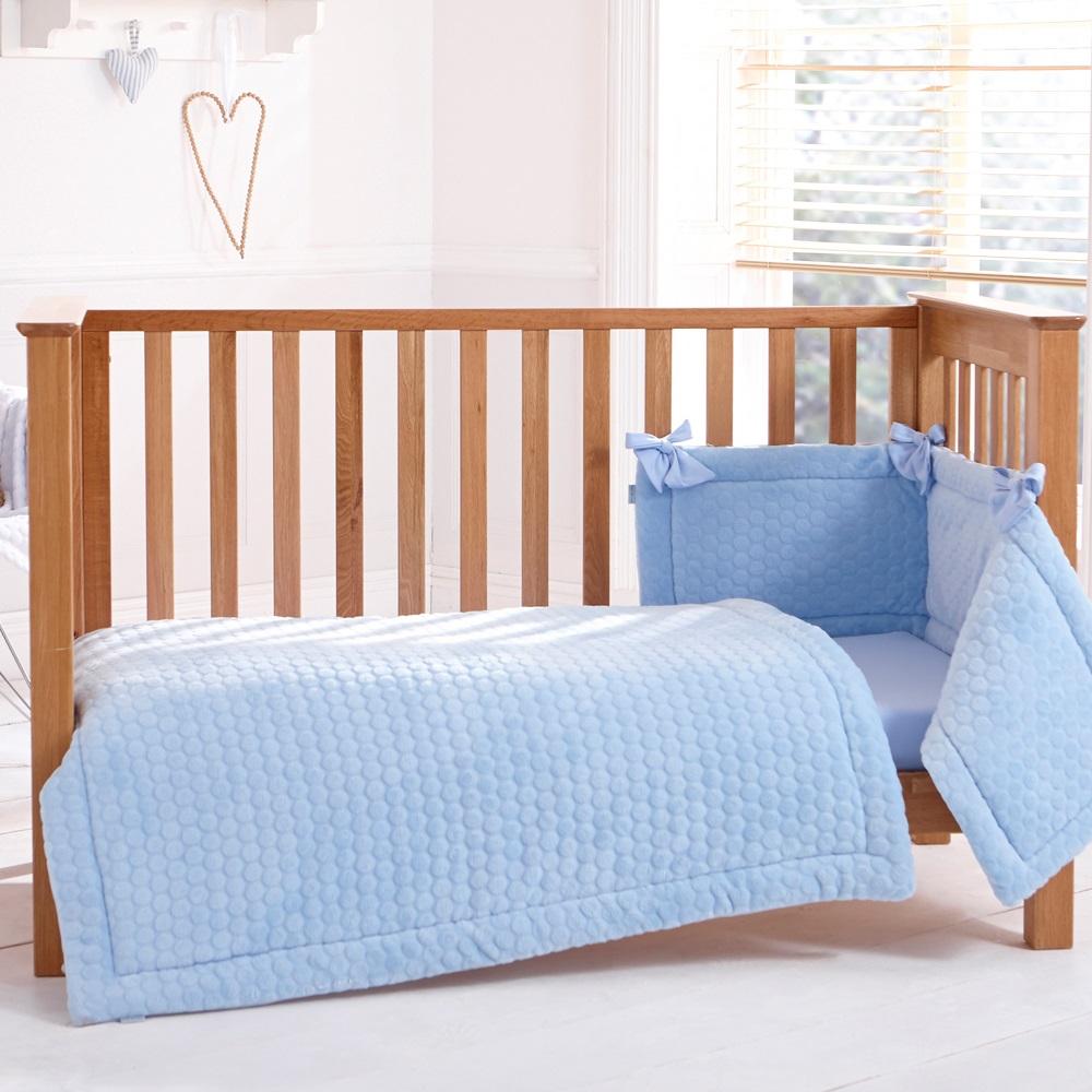 Cot Quilt Bumper Sheet Bedding Set In Marshmallow