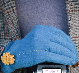 JUDY Women's Designer Wool Gloves in Teal
