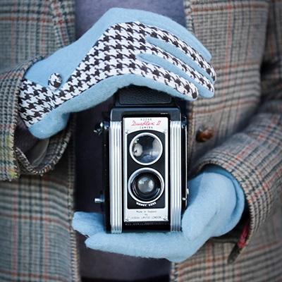 LORETTA Women's Designer Wool Gloves in Blue