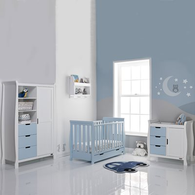 STAMFORD MINI COT BED 3 PIECE NURSERY SET in Bonbon Blue by Obaby