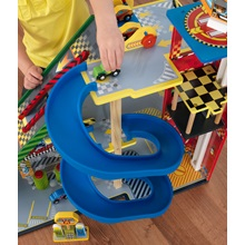 Boys-Garage-Toy-Set-with-Ramp-Detail-2.jpg