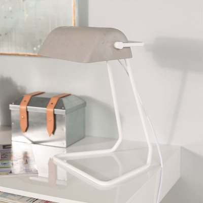 ZUIVER BROKER VINTAGE STYLE DESK LAMP in Concrete