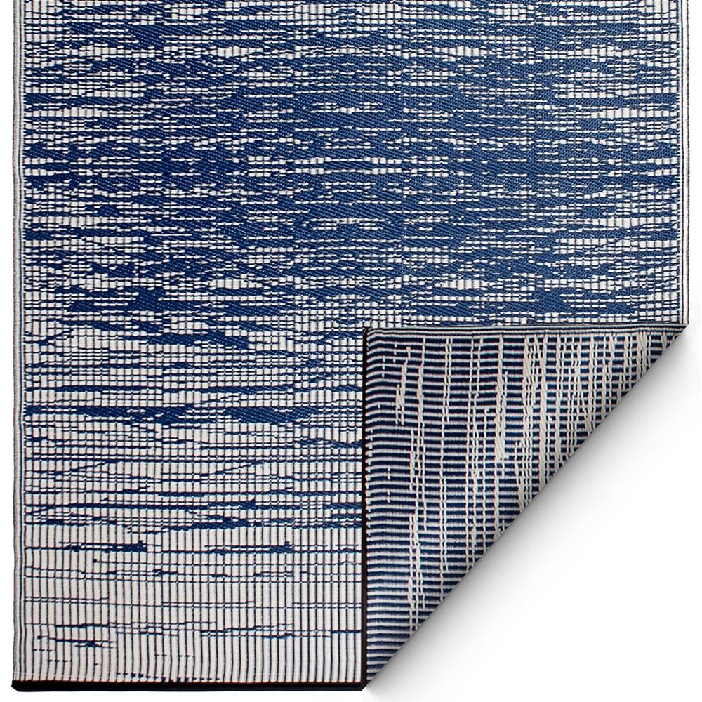 brooklyn outdoor rug in blue outdoor rugs cuckooland. Black Bedroom Furniture Sets. Home Design Ideas