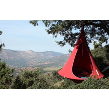 Cacoon-Single-Chili-Red-Lifestyle (8).jpg