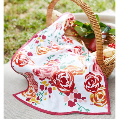 CHARLOTTE TEA TOWEL in Floral Design