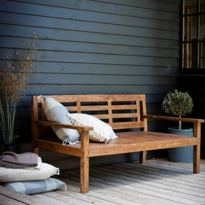 CHASTLETON GARDEN DAY BED in Reclaimed Teak