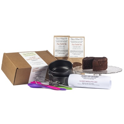 CHOCOLATE CAKE Home Baking Kit