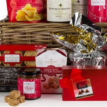 Christmas-Cracker-Luxury-Hamper-Contents-Close-Up.jpg