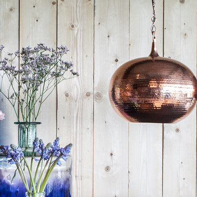 ROUND CEILING LIGHT with Metallic Hammered Surface