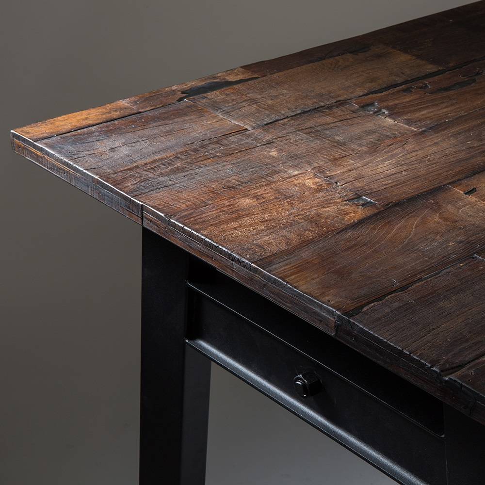 Crude dining table in reclaimed elm wood tables
