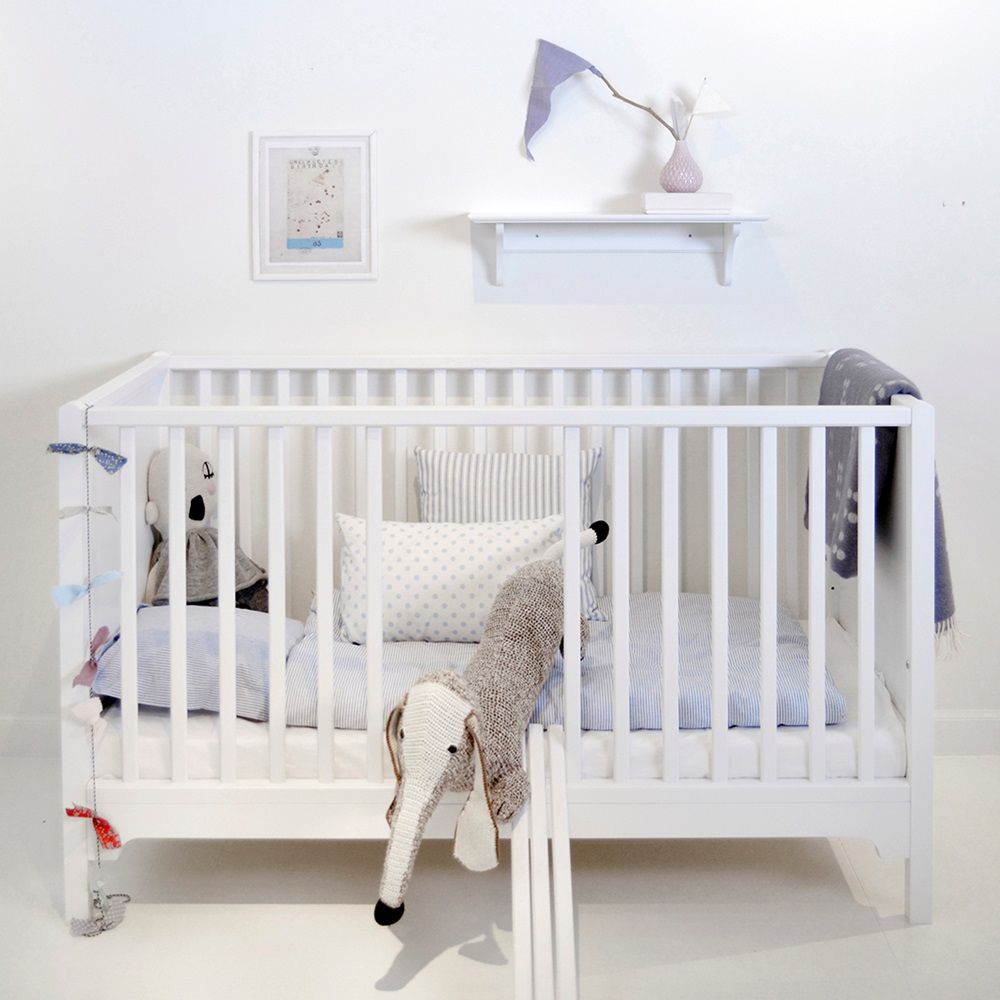 6 in 1 baby toddler luxury cot bed in white nursery. Black Bedroom Furniture Sets. Home Design Ideas