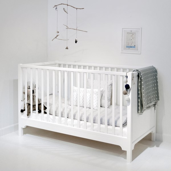 6 in 1 Baby and Toddler Luxury Cot Bed in White
