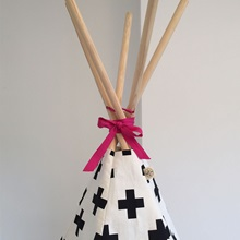 Cross-Teepee-with-Pink-Trim-Detail-Close-Up.jpg
