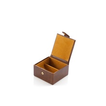 DAINES-and-HATHAWAY-Leather-Medium-Stud-Box-in-Rusty-Blaze_2.jpg