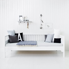 Day-Beds-In-White-Furniture.jpg