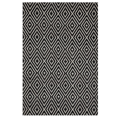 INDOOR OUTDOOR DIAMOND RUG in Black & Ivory