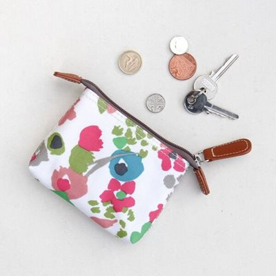 CAROLINE GARDNER COIN PURSE in Ditsy