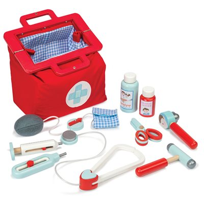 LE TOY VAN DOCTOR'S SET in Carry Bag