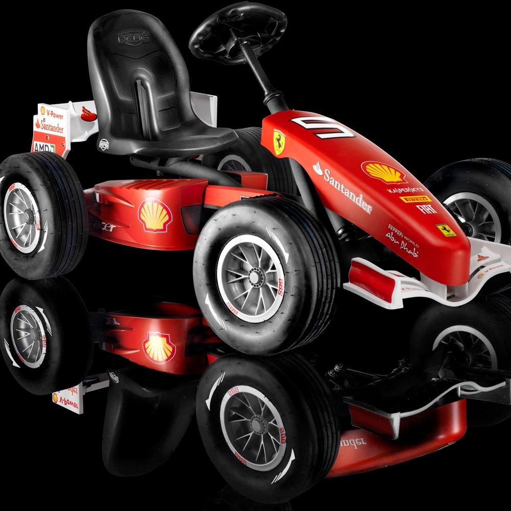 kids ferrari 150 italia pedal go-kart - berg | cuckooland