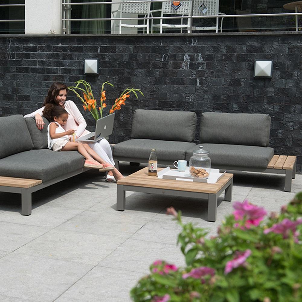 Fidji Garden Furniture Set By 4 Seasons Outdoor