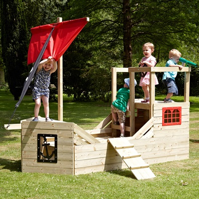 TP TOYS CHILDREN'S PIRATE GALLEON WOODEN PLAYHOUSE