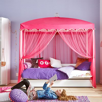 1001 NIGHTS LUXURY GIRLS 4 POSTER BED