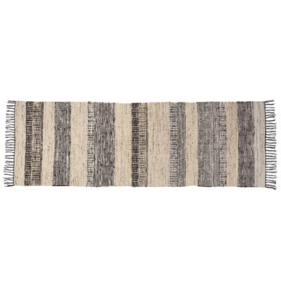 ZUIVER FOX NORDIC PATTERN CARPET RUNNER in Black and White