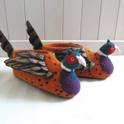 FREDDIE THE PHEASANT ADULT SLIPPERS