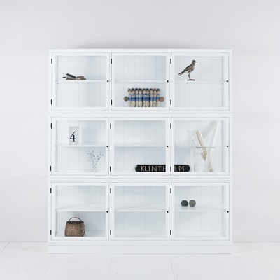 LARGE GLASS CABINET in Seaside White