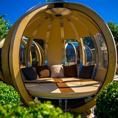 Rotating Garden Spheres Uk Garden Designs