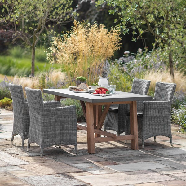 Garden Trading Chilson Dining Table with Driffield Chairs