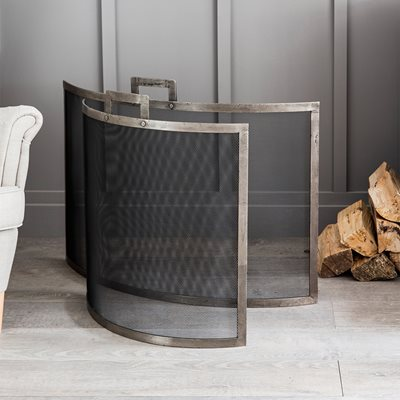 Garden Trading Lodge Fire Screen in 2 Sizes