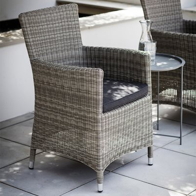 GARDEN TRADING DRIFFIELD OUTDOOR CHAIR in Rattan