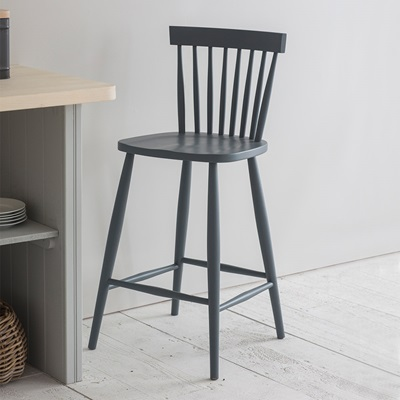 GARDEN TRADING SPINDLE BAR STOOL in Charcoal
