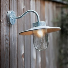 Garden-Trading-Swan-Neck-Outdoor-Garden-light.jpg