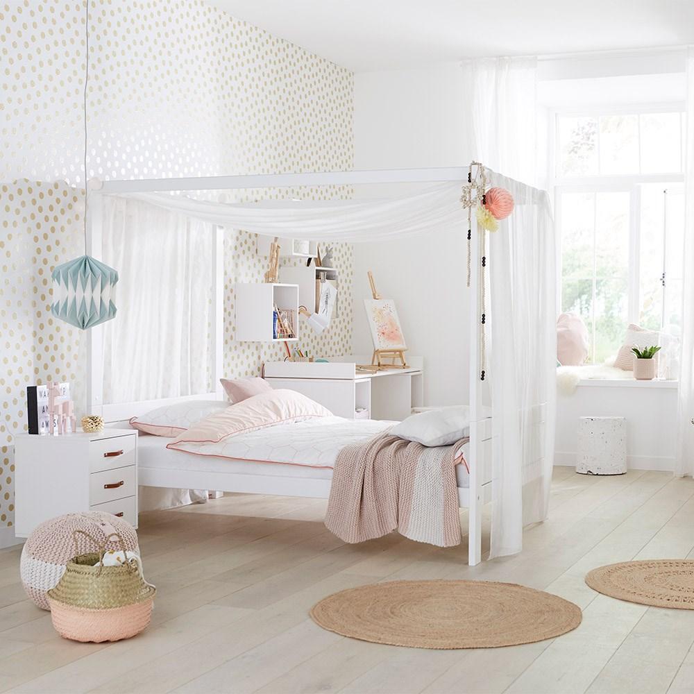 Lifetime Dreams Four Poster Bed