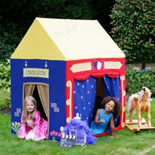 Girls-Play-House-in-Garden.jpg