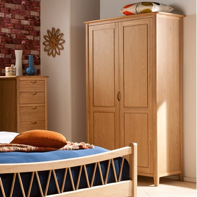 WILLIS & GAMBIER GRACE OAK DOUBLE WARDROBE