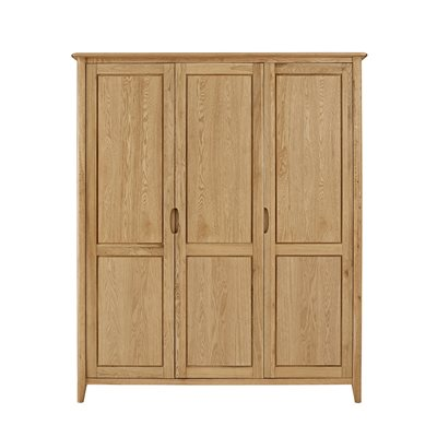 WILLIS & GAMBIER GRACE OAK TRIPLE WARDROBE