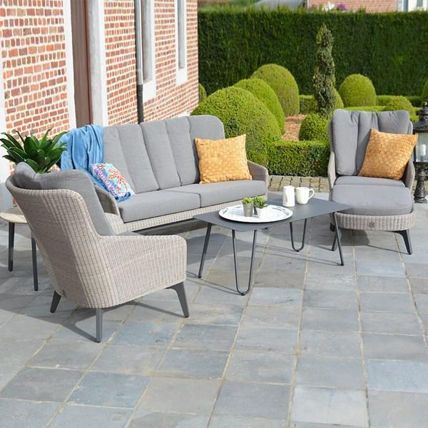 Luxor Garden Rattan Lounge Set by 4 Seasons Outdoor