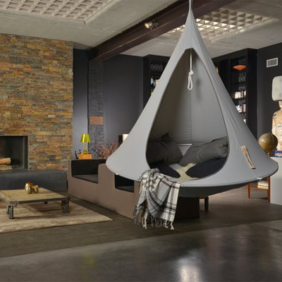 SINGLE HANGING CACOON in Grey