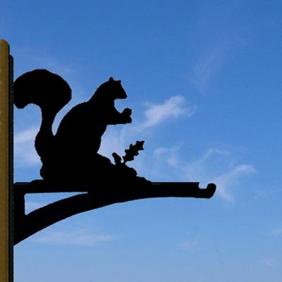 HANGING BASKET BRACKET in Squirrel Design
