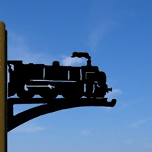 Hanging-Basket-Bracket-Train.jpg