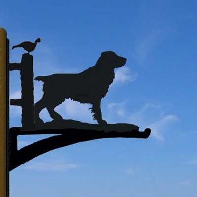 HANGING BASKET BRACKET in Docked Tail Field Spaniel Design
