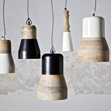 Hanging-Pendant-Lamps-in-Scandi-Style.jpg