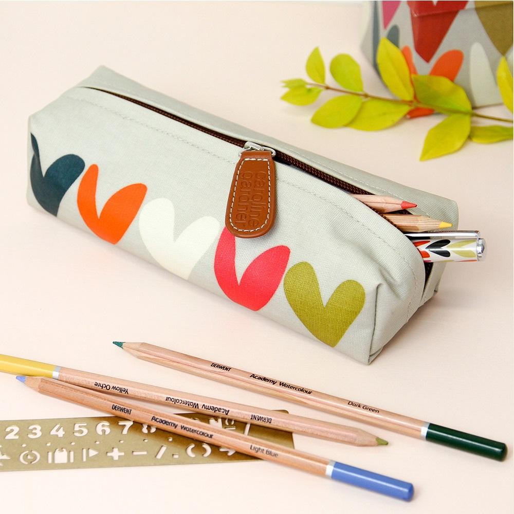 Caroline gardner pencil case in hearts gifts for her for Gardner case personalizzate