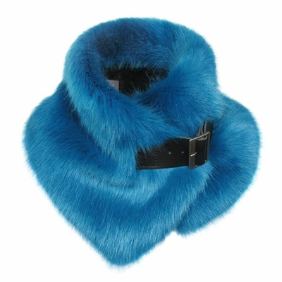 HELEN MOORE FAUX FUR BUCKLE COLLAR in Kingfisher Blue
