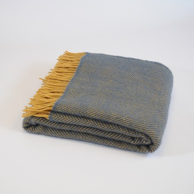 TweedMill PURE NEW WOOL THROW in Navy & Mustard