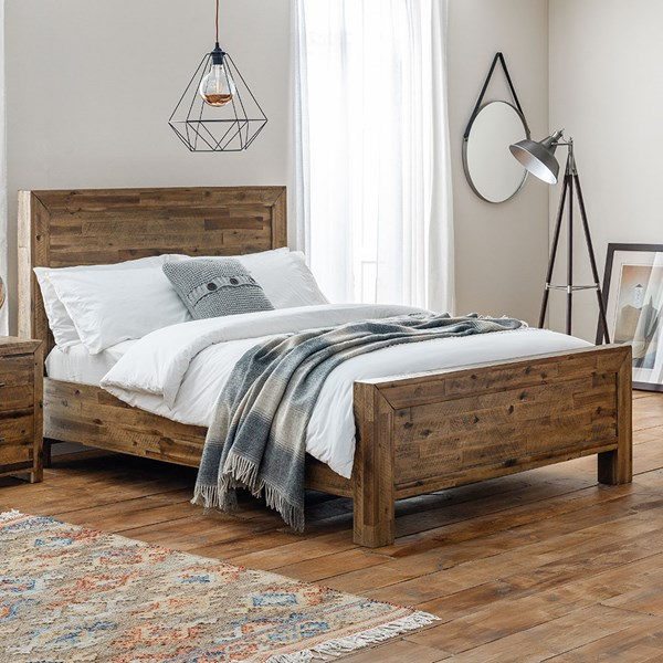 Hoxton Bed by Julian Bowen