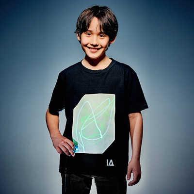 ILLUMINATED APPAREL KIDS SUPER GREEN GLOW T-SHIRT in Black